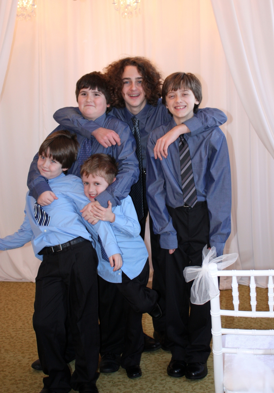 weddingday2012January-boys